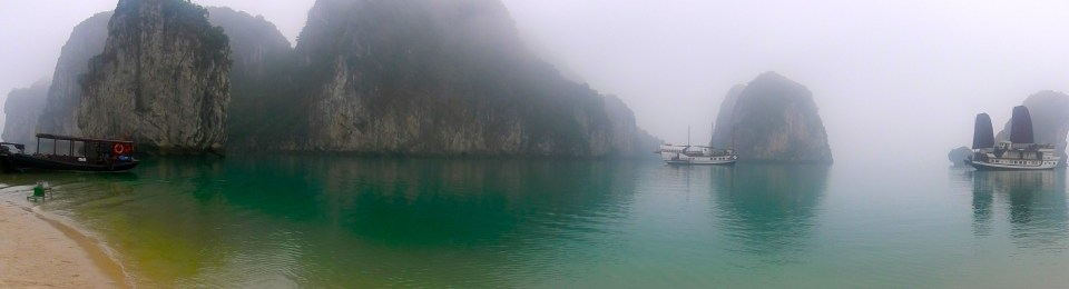 Vietnam-Breathtaking Halong Bay