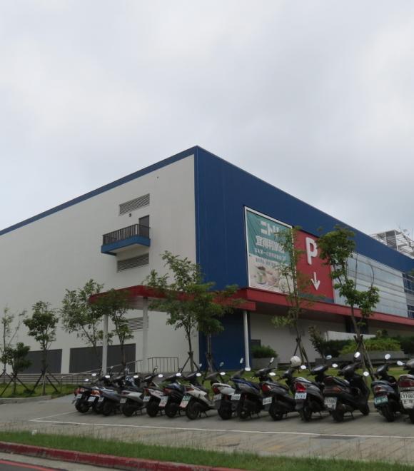 麗明營造家樂福量販店-大漢混凝土/大漢預拌廠(股)公司工程實績