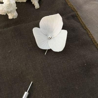 Broche Nymphea Dai ceramic