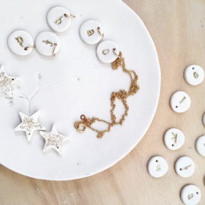 Collier lettre Dai Ceramic