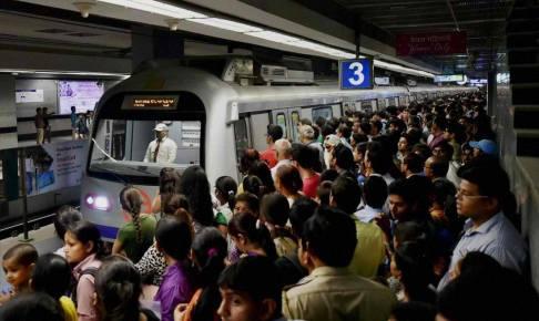 インドのメトロの駅