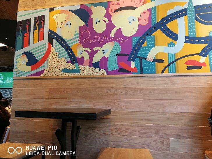 シェイクシャックサザンテラス新宿店の店舗内のアート