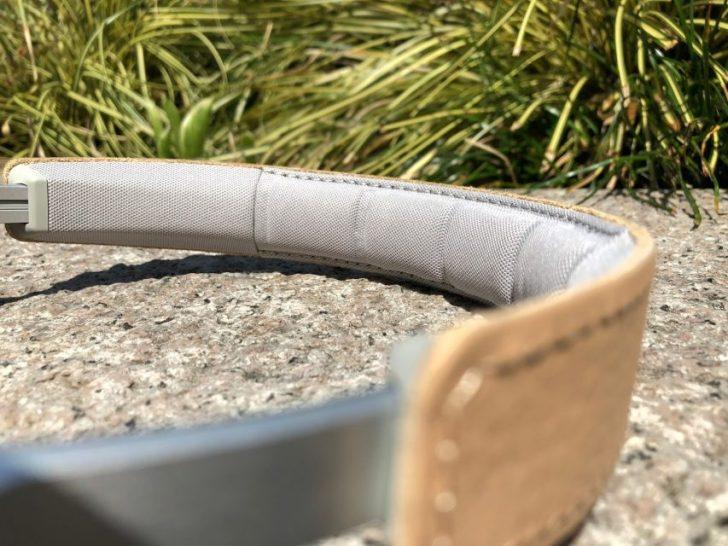 バングアンドオルフセンのノイズキャンセリング付きワイヤレスヘッドホンbeoplay h9iナチュラルの本革ヘッドバンド