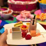 ヒルトン東京マーブルラウンジでデザート&ディナーいちごブッフェのストロベリー・サイケデリック 60sを訪れた様子