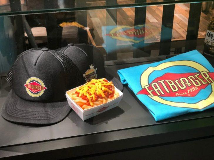 magnet渋谷の7階mag7にあるfatburgerの入り口にあるディスプレイ