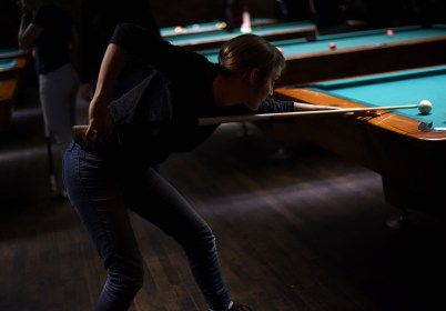 Montréal – Play pool at LSTW night at Fitzroy