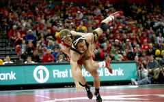 Wrestlers ground Flying Scots