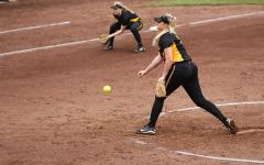 Softball subdues Leathernecks