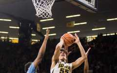 Garza, Hawkeyes, bounce back against Southern