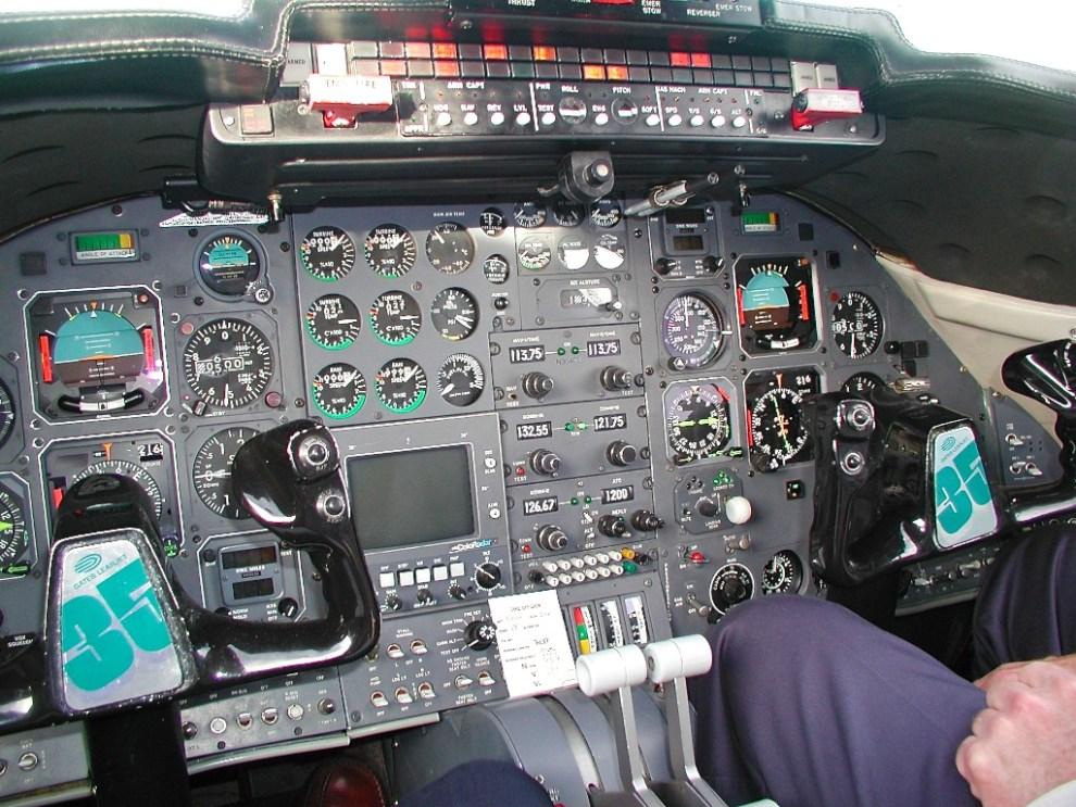 Learjet Cockpit