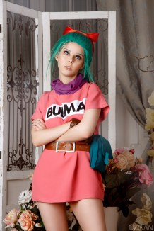 Bulma Dragonball Cosplay by Disharmonica