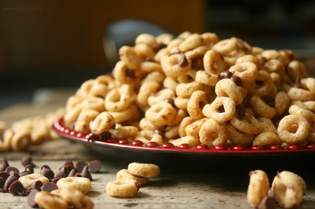 Hot Buttered Cheerios with Mini Chocolate Morsels