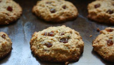 Hemp Seed and Medjool Date Cookies