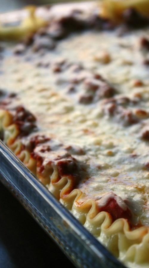 Basic Lasagna recipe with ground beef.