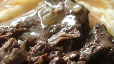 Slow Cooker Sirloin Steak and Gravy 2