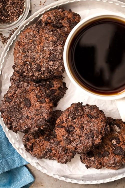 Chocolate Cheesecake Cookies + 20 Chocolate Cookies Recipes