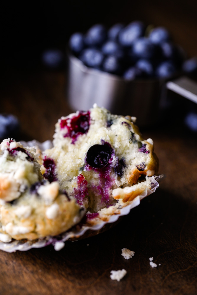 Blueberry Muffins with Crumb Topping 1