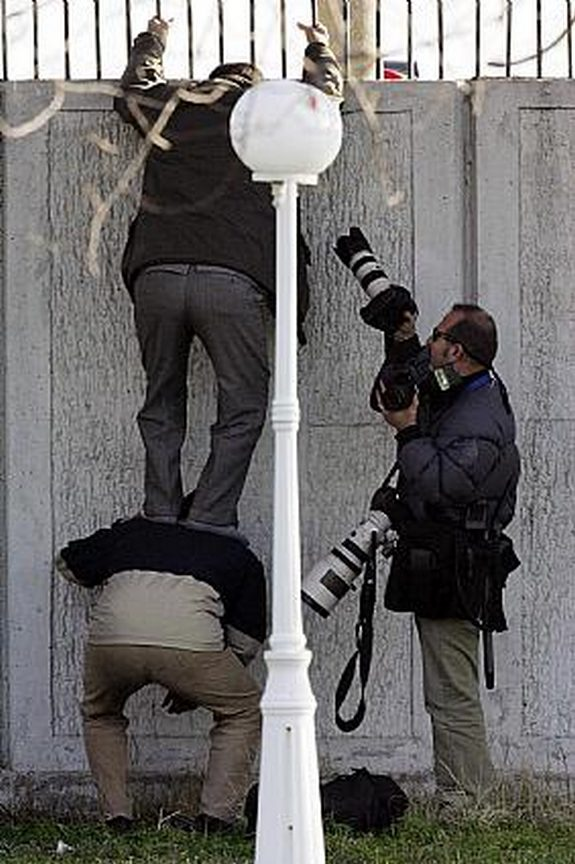 Photographers That Would Do Everything to Get That Photo Right