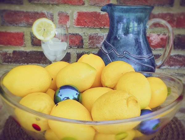 LEMONS - Delicious & Pretty, Both Inside & Out!