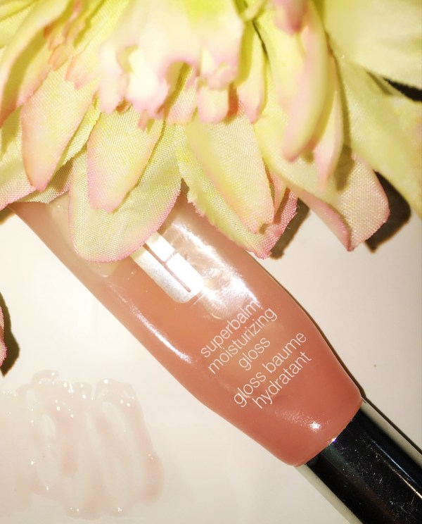 Clinique Superbalm™ Moisturizing Lip Gloss in Shade Grapefruit