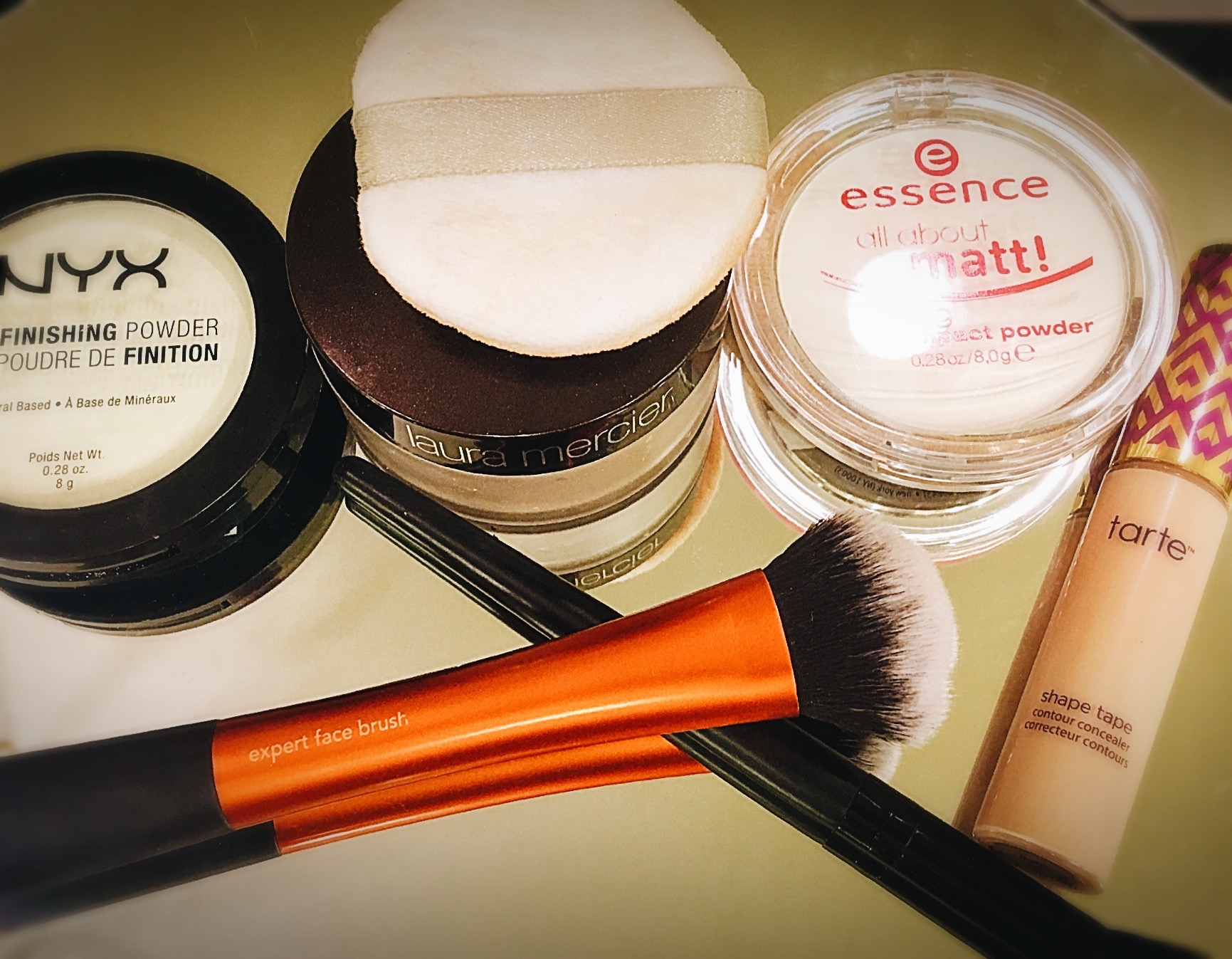 Makeup Daily Beauty Wisdom Revlon Touch And Glow Face Powder 43 Gr Step 5 Once You Are Satisfied With The Level Of Coverage Youve Achieved Blend Out Any Creasing Set This Product Your Favorite Setting