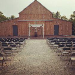 wedding venues in missouri - timberridgebarnjc 4