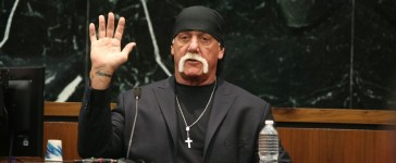 Terry Bollea, aka Hulk Hogan, takes the oath in court during his trial against Gawker Media at the Pinellas County Courthouse on March 8, 2016 in St. Petersburg, Florida. (Photo by John Pendygraft-Pool/Getty Images)