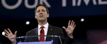 U.S. Senator Ben Sasse (R-NE) speaks at the American Conservative Union 2016 annual conference in Maryland March 3, 2016. REUTERS/Gary Cameron - RTS95HM