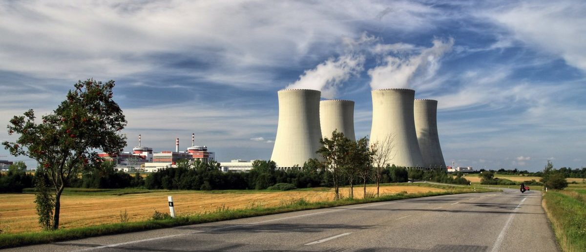 Persuasive Essay On Nuclear Power Plants