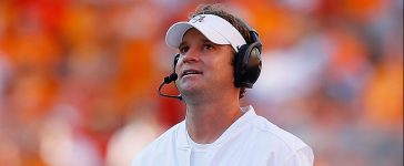 Offensive coordinator Lane Kiffin of the Alabama Crimson Tide looks on during the game against the Tennessee Volunteers at Neyland Stadium on October 15, 2016 in Knoxville, Tennessee. (Photo by Kevin C. Cox/Getty Images)