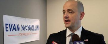 Third party candidate Evan McMullin, an independent, talks to the press as he campaigns in Salt Lake City, Utah, October 12, 2016. REUTERS/George Frey - RTSS065