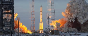 BAIKONUR, KAZAKHSTAN - 11 December 2011 Launch of a Proton M rocket (Shutterstock/Nostalgia for Infinity)