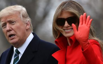 WASHINGTON, DC - MARCH 17: U.S. President Donald Trump (L) and First Lady Melania Trump (R) prepare to depart the White House on March 17, 2017 in Washington, DC. President Trump is spending the weekend at his Mar-a-Lago estate in Florida. (Photo by Justin Sullivan/Getty Images)