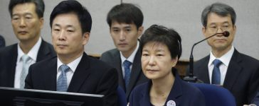 Former South Korean President Park Geun-hye sits for her trial in Seoul, South Korea, May 23, 2017. REUTERS/Ahn Young-joon/Pool - RTX373VF