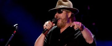 NASHVILLE, TN - JUNE 10: Singer-songwriter Hank Williams Jr. performs onstage during 2016 CMA Festival - Day 2 at Nissan Stadium on June 10, 2016 in Nashville, Tennessee. (Photo by Rick Diamond/Getty Images)