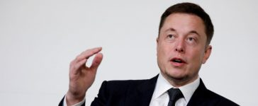 FILE PHOTO - Elon Musk, founder, CEO and lead designer at SpaceX and co-founder of Tesla, speaks at the International Space Station Research and Development Conference in Washington, U.S. on July 19, 2017. REUTERS/Aaron P. Bernstein/File Photo