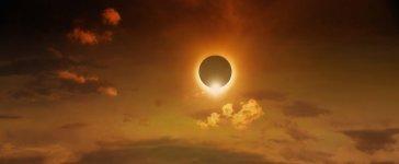 Eclipse (Shutterstock)