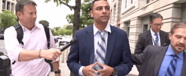 Imran Awan entering federal court for his arraignment Sept. 1, 2017. (Screenshot from One America News used with permission)