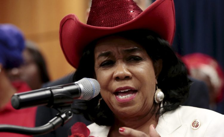 Representative Frederica Wilson speaks at a news conference during a visit by a Congressional delegation to Abuja, as part of efforts by the U.S. to enhance cooperation between both countries in tackling the Boko Haram in Nigeria August 4, 2015. REUTERS/Afolabi Sotunde