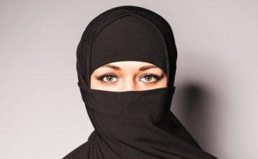 Muslim woman wearing a niqab (shutterstock/ Tatiana Chekryzhova)