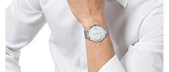 See? This smartwatch looks nice! (Photo via Amazon)