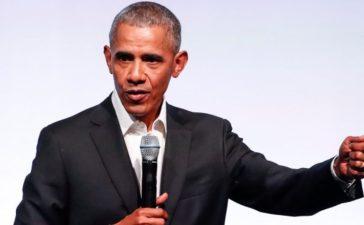 Former U.S. President Barack Obama speaks during the first day of the Obama Foundation Summit in Chicago, Illinois, U.S. October 31, 2017. (Photo: REUTERS/Kamil Krzaczynski)