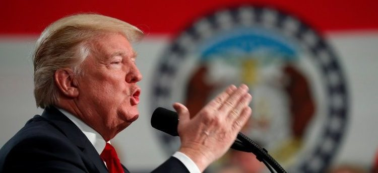 U.S. President Donald Trump speaks about tax reform legislation during a visit to St. Louis, Missouri, U.S. November 29, 2017. REUTERS/Kevin Lamarque