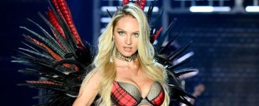 Candice Swanepoel in Victoria's Secret Fashion Show (Photo credit: Getty Images)