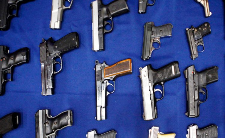 Seized handguns are pictured at the police headquarters in New York, New York August 19, 2013. (Photo: REUTERS/Eric Thayer/File Photo)