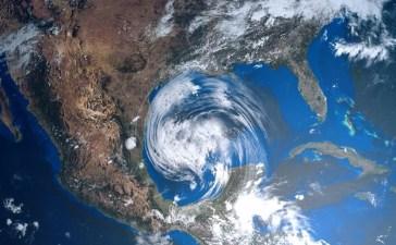 hurricane Shutterstock/Sasa Kadrijevic