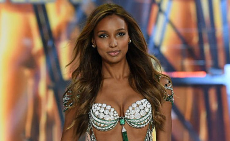 PARIS, FRANCE - NOVEMBER 30: Jasmine Tookes walks the runway during the 2016 Victoria's Secret Fashion Show on November 30, 2016 in Paris, France. (Photo by Dimitrios Kambouris/Getty Images for Victoria's Secret)