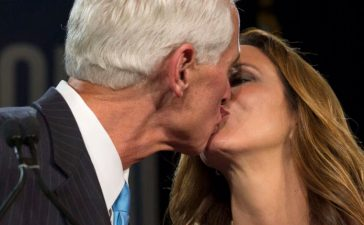 Former Florida Governor and Democratic gubernatorial candidate Charlie Crist kisses his wife Carole after conceding in the midterm elections in St. Petersburg, Florida November 4, 2014. REUTERS/Scott Audette