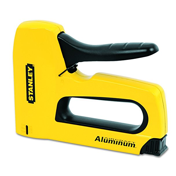 Normally $21, this staple gun is 45 percent off (Photo via Amazon)