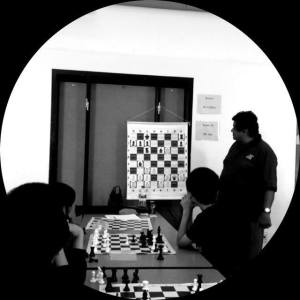 Francisco Anchondo teaches his students how to turn chess advantages into stunning combinations.